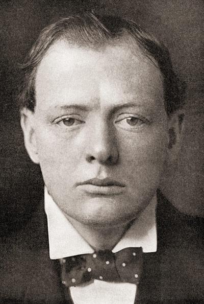 Churchill som liten, han var nämligen född ledare. En sak som var intressant med churchills ledarskap var att han verkligen tränade upp sig till ledare